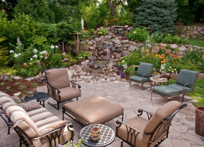 patio ideas using rock